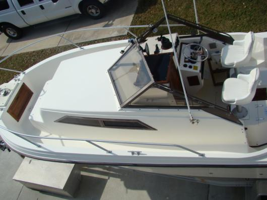 *Sold* 1988/2006 Mako 248 walkaround yam. 250 fourstroke.