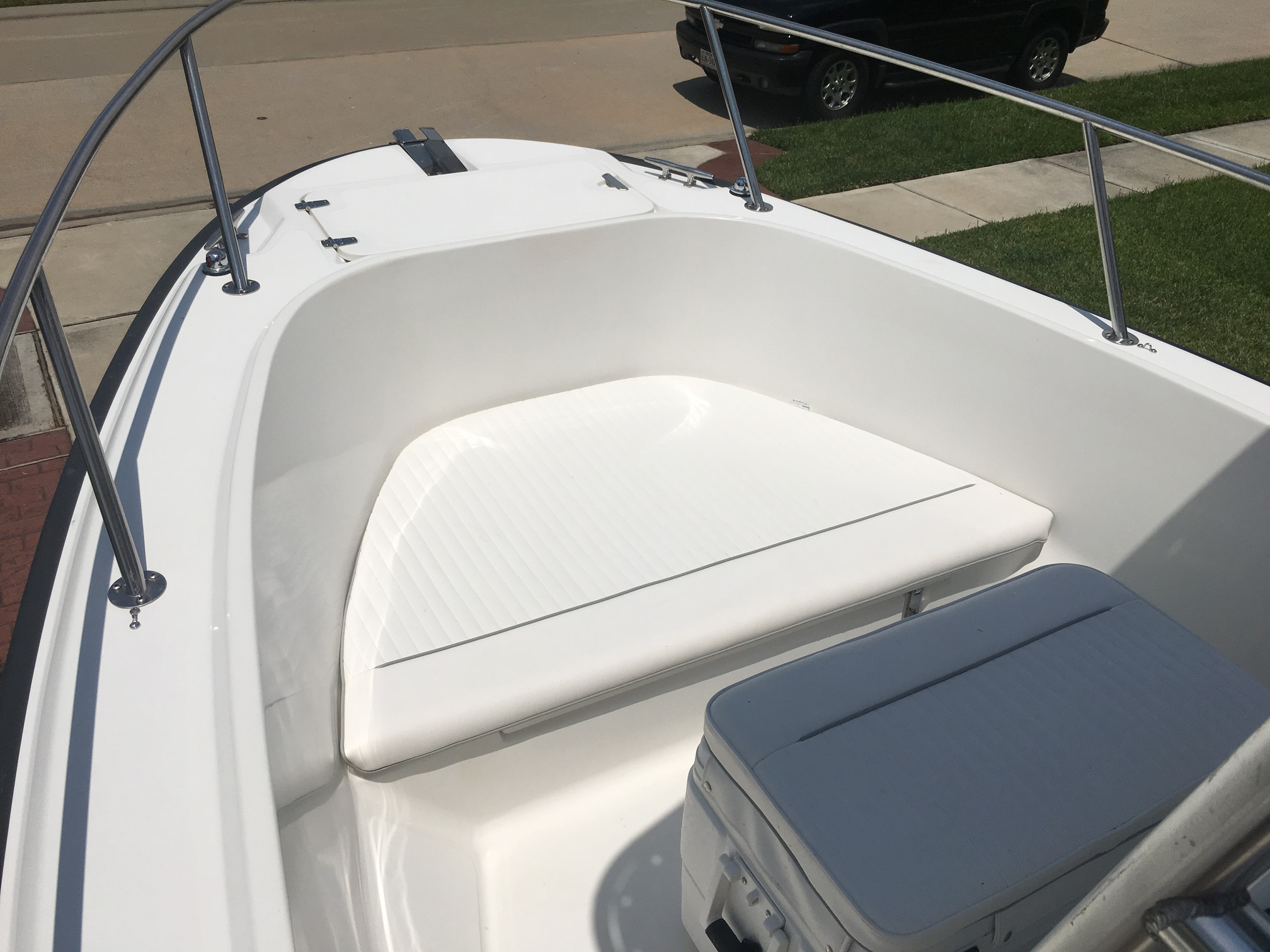 1998 Boston Whaler Outrage 20 FULLY RESTORED - $25,000